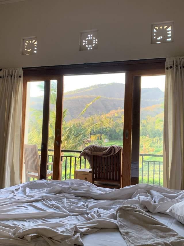 комната с видом)
