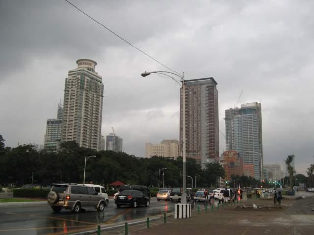 На подходах к форту Intramuros - историческому центру Манилы