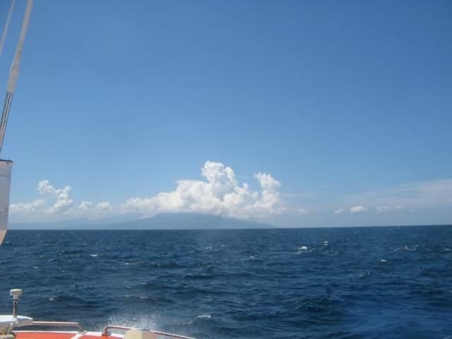Бали вдалеке