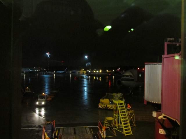 Самолёт Air China в шереметьевской ночи