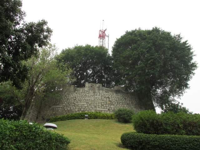 Стены и антенна