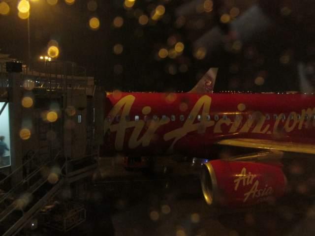 Air Asia - вполне достойна!