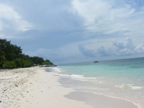Пляж на Мено