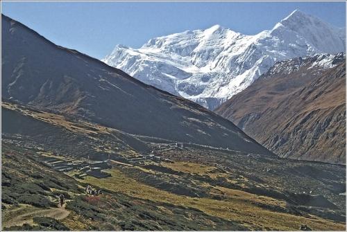 Annapurna I (800х521. 249кб) света и тени, Unsharp Mask