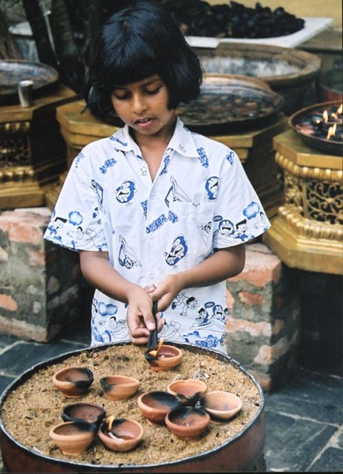 В храме Гангарамайя (Коломбо).
