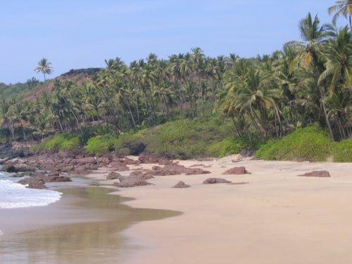 Почти дикий пляж.