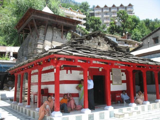 Местная архитектурная доминанта: Храм Рамы