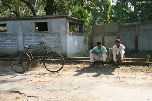 Маяпур, сцена из жизни отдыхающих