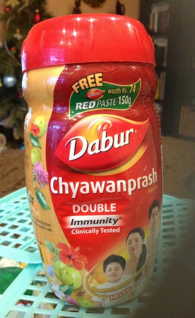Чаванпраш от Dabur 1 кг.+ зубная паста с перцем бонусом. Цена 305 руп.