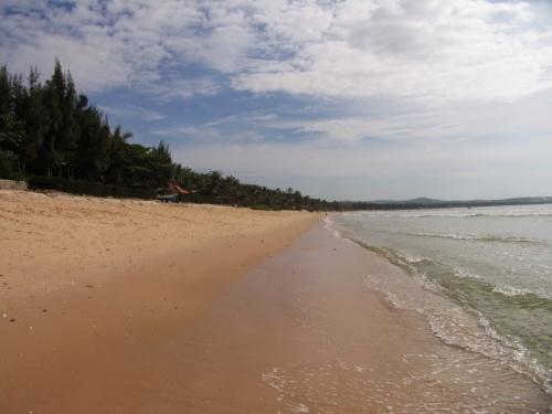 Пляжи МуиНэ. Нехарактерно. Обычно там ветер и волны-рай для кайтеров и серфингистов