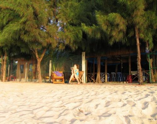 Утро. 2 шага и ты на пляже
