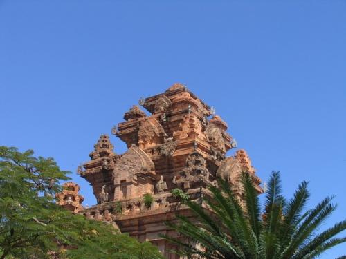 НьяЧанг. Чамский храм.