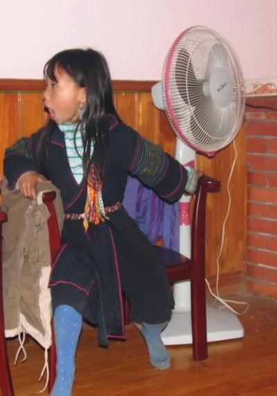 """Па, девочка из семьи Хмонгов. Информировала нас о многих """"тайнах"""" хмонгов. И шифровалась от своих, чтобы ее не ругали за длинный язык."""