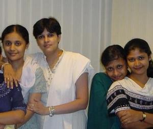 девчонки из Калькутты