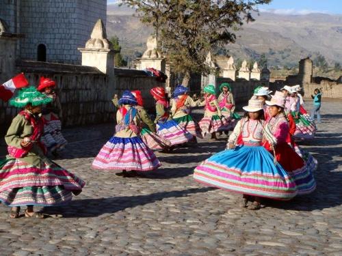 танцы для туристов