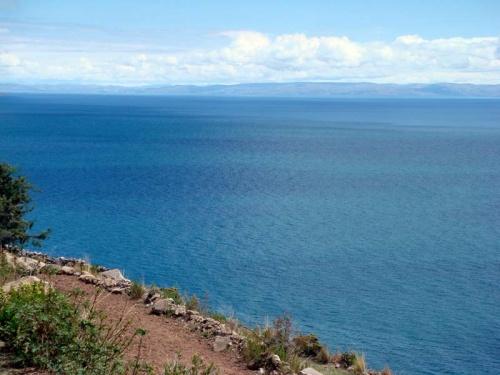 вид на озера с острова Текиле