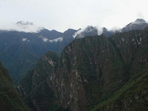 утренний туман в горах...