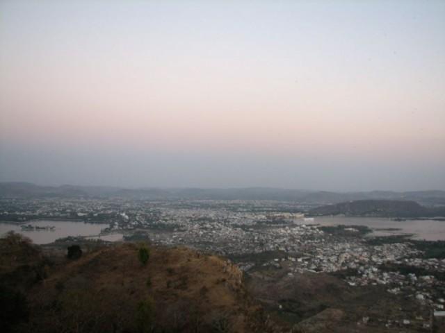 Вид Удайпура с горы