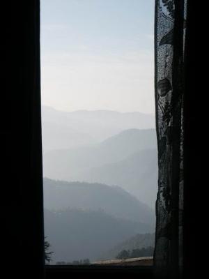 А из нашего окна