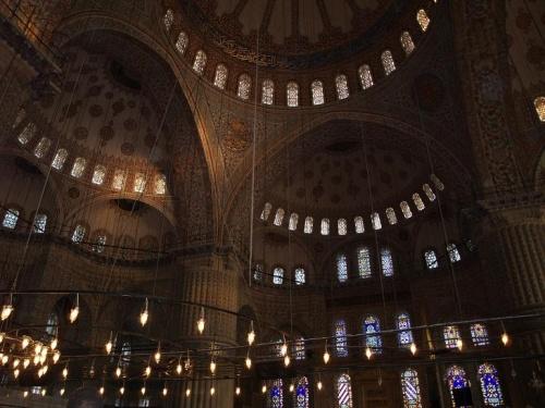 внутри мечети SULTANAHMET