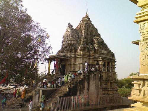 действующий храм,утро Дивали