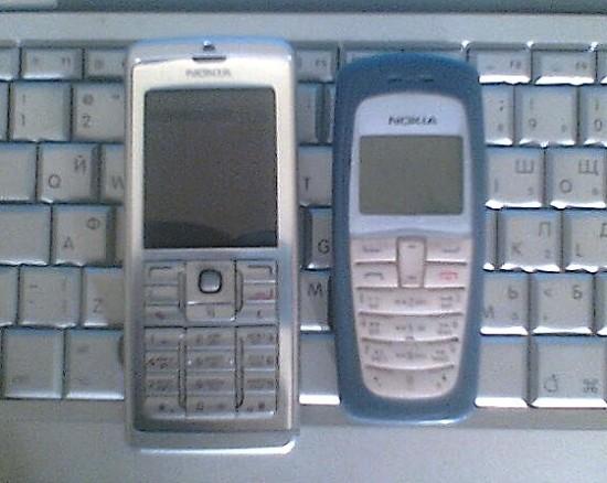 Нокиа Е60 и 2112 рядом ))