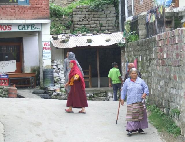 Тибетские бабули