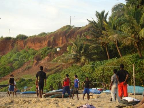 Волейбол на южном пляже