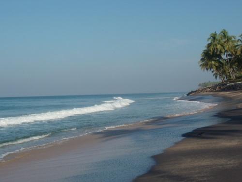Черный пляж - почему-то полюбился именно он