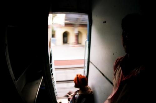 mumbai-delhi train