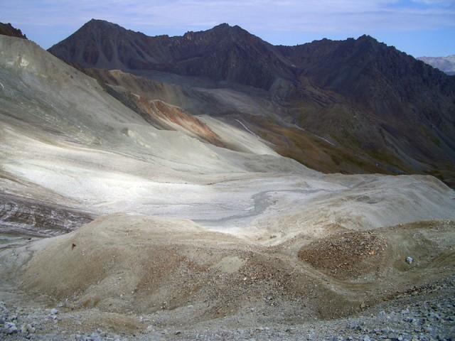 высота порядка 4000 над уровнем моря
