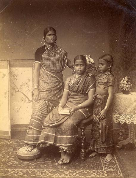 http://www.indostan.guru/forum/foto-video/4821/69953_10_o.jpg