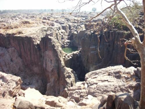 Так выглядят водопады в феврале