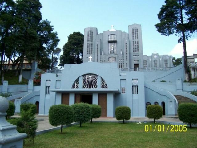 второй по величине католический костел в Азии