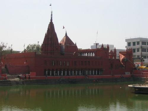 Варанаси, храм Дурги