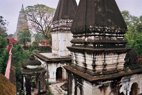 индуистское кладбище