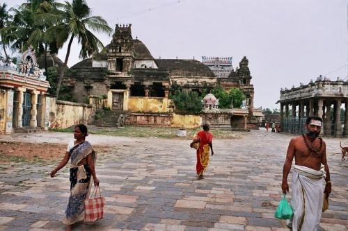 жара и храмы