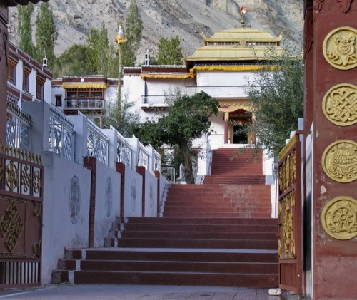Монастырь в Сумуре