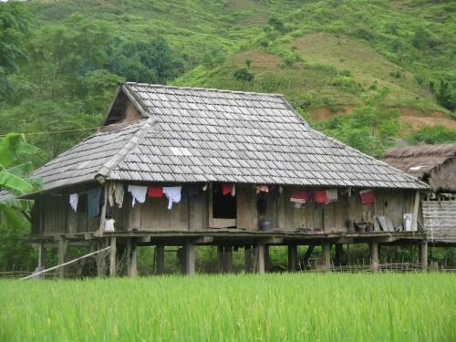 дом племени лао