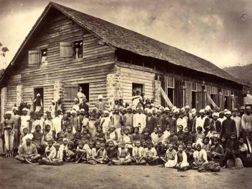 Photographie de groupe, Inde, circa 1875. Tirage albuminé.