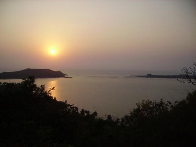 Закат над Чапорой