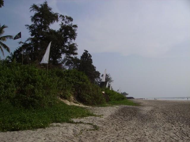 Ashwem начала 2006. Пиратский флаг слева, вроде как, потом спёрли русские