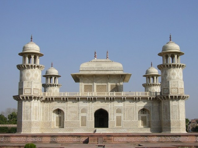Itmad-Ud-Daulah's Tomb (Agra)