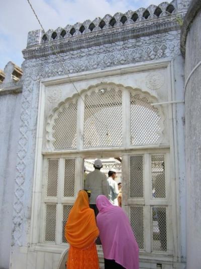 Aurangazeb's Tomb (Khuldabad)
