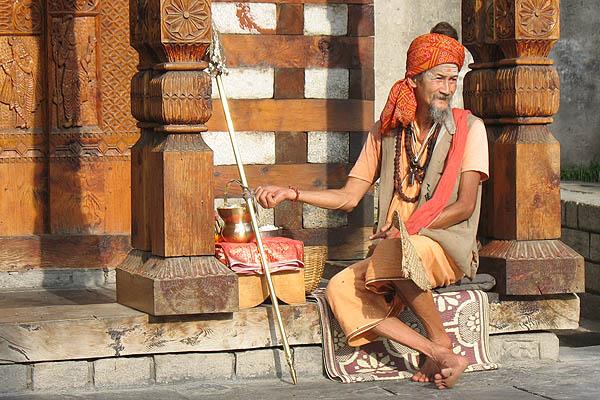 Мистер Вашишт. Мамбу баба из Тая, пуджари при храме Шивы