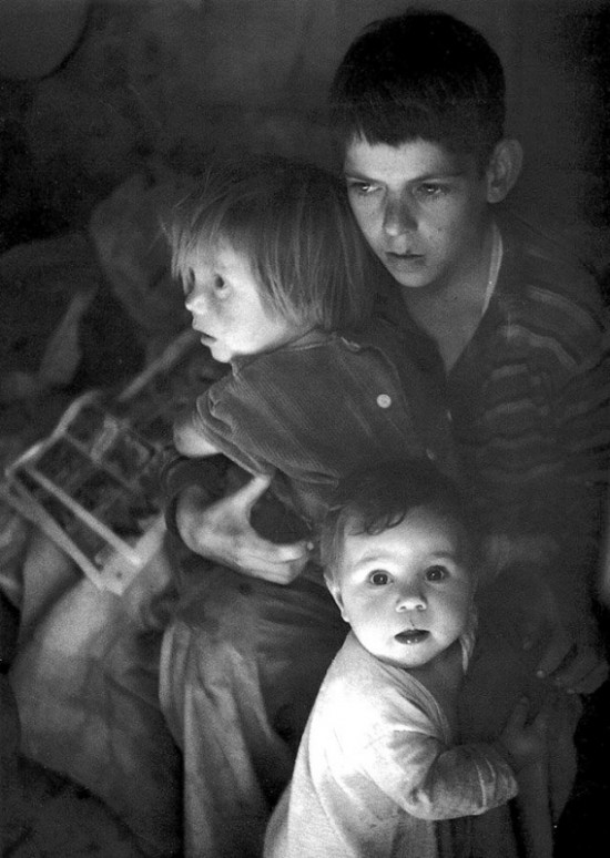 1944-adams-trailer-camp-c hildren-richmon-ca-