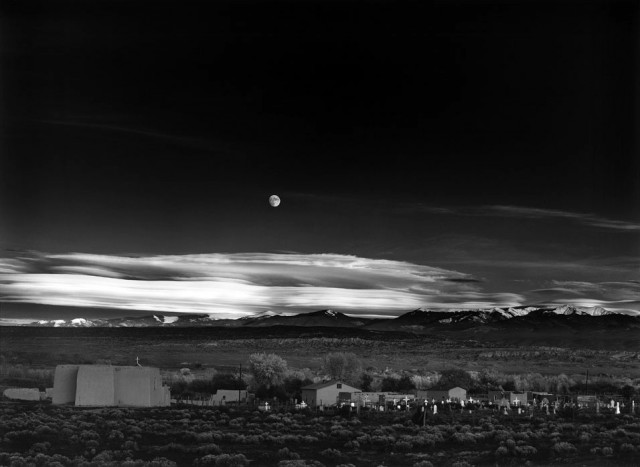 Moonrise-over-Hernandez-N ew-Mexico_1941