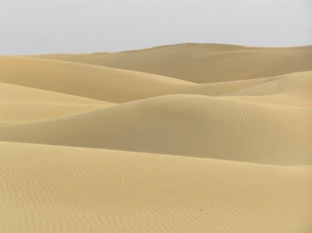 совсем пустыня