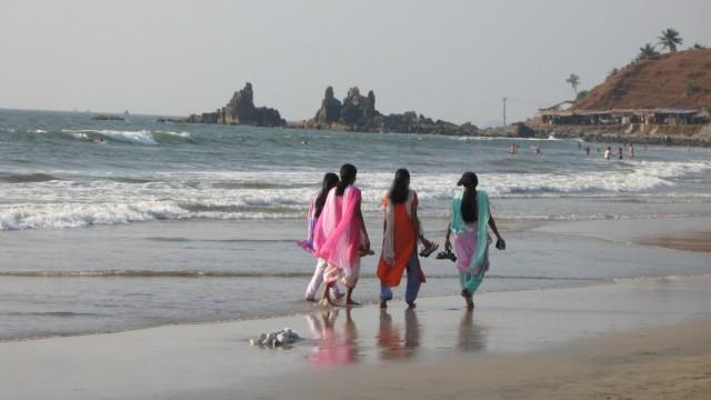 Местные девушки в Арамболе