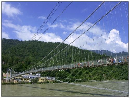 Мост в Рам Джуле, Ришикеш